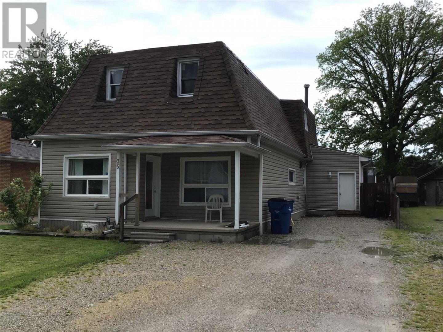25 Fort Street in Tilbury - House for Sale